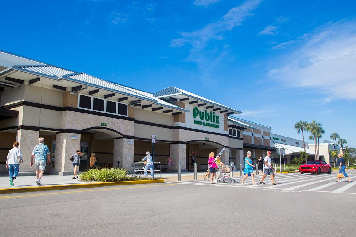 tampa shopping center plaza for lease